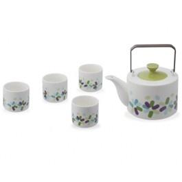 O Jogo de Chá Freire - 5 Peças é formado por um bule com alça metálica e quarto xícaras e é perfeito para servir essa bebida em reuniões familiares e entre amigos.