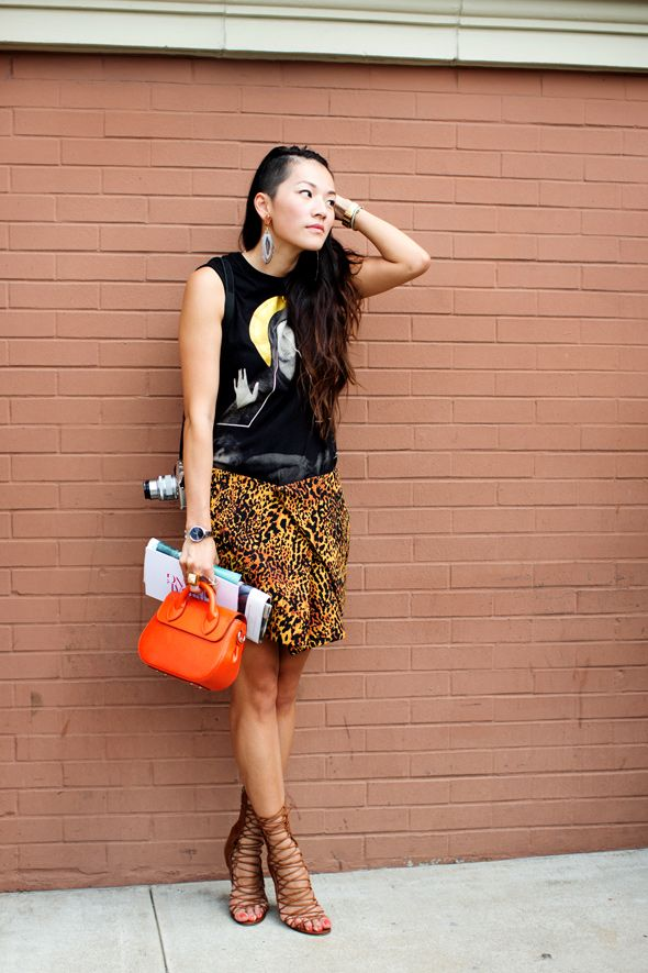 Shoes <3: Street Fashion, Streetfashion, Favorite Street, Street Style, Chic Style, Animal Prints, New York, The Sartorialist, Orange Bags