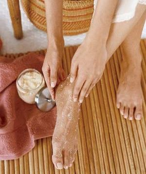 Great article. How to do home pedicures. #home pedicure #pedicure