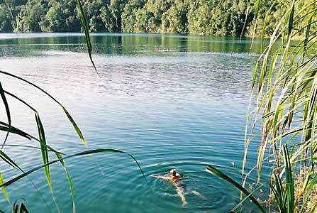 Lake Eacham - tablelands