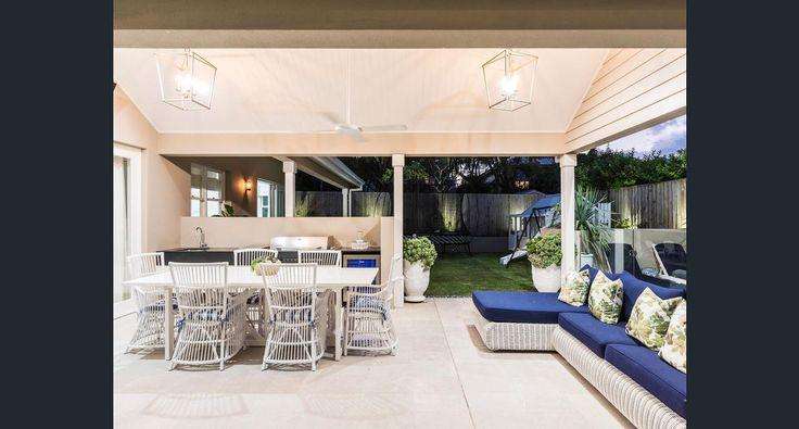 I love this as an outdoor room beside the pool?