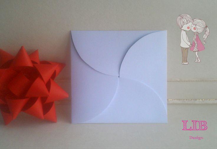 Modelo: Sobre Cuadrado Cuatro Alas Circulares. ¡Pequeños Detalles hechos por Gente Grande y Divertida! ¡Conoce más de nosotros! Packaging ~ Twitter: LetItBeBox ~ Facebook: LetItBeBox