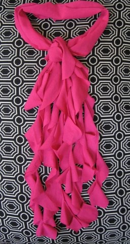 NO glue updo t-shirt scarf...for the teens and tweens in my life...