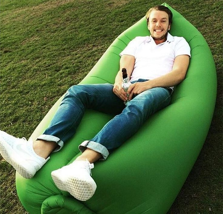 Hangout sofa, perfect for the parks, music festivals, the beach, the mountains, and even in the snow. For more, welcome to visit http://www.china-inflatables.com
