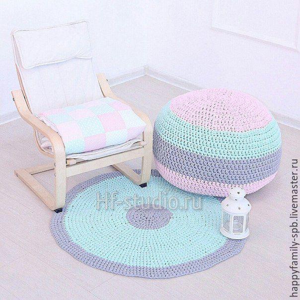 Купить Вязаный пуфф и коврик в детскую - комбинированный, вязаный пуф, вязаный пуфик, вязаный коврик