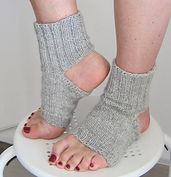 Ravelry: The Perfect Yoga Socks pattern by Efwa Lönnquist