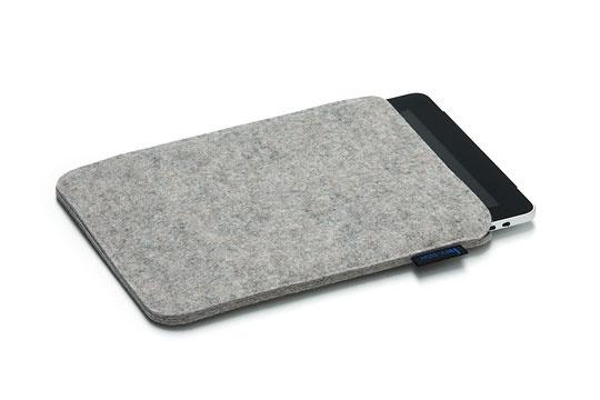 cover voor I-pad. cover voor een I-pad.   in 3 mm wolvilt   Eigenschappen  afmetingen: 26,6 x 21,5 cm  merk: hey-sign