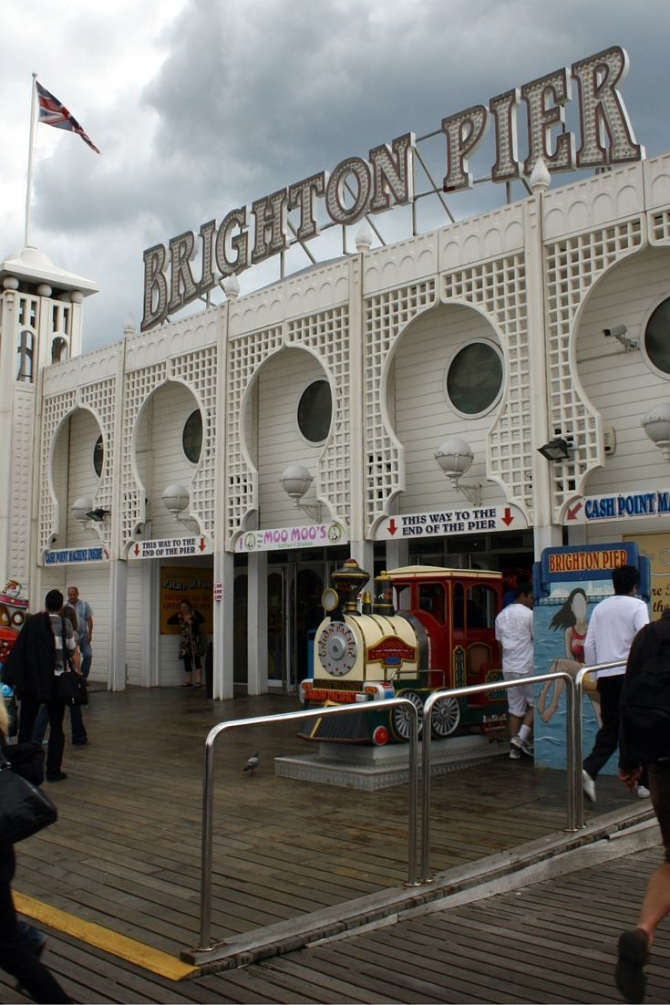Brighton Pier, één van de oudste en meest bekende pieren van Engeland. De Pier van Brighton stamt al uit de Victroriaanse tijd en er is vanalles te doen. Bekijk alle bezienswaardigheden in Brighton.