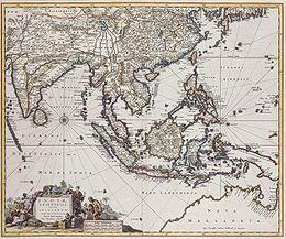 De VOC groeide in de 17e eeuw tot een bedrijf met naar schatting 11.000 medewerkers en zo'n 20 vestigingen. Er werd door de VOC handel gedreven (hoewel soms maar kort) met onder meer de havenstad Mokha in Jemen, Perzië, Gujarat, Malabar, Ceylon, de Coromandelkust, Bangla-Desh, Thailand, Cambodja, Vietnam, Taiwan, China, Japan en op de Molukken, waar lange tijd de meeste winst werd gemaakt. Op het toppunt van haar macht had de VOC 25.000 medewerkers in Azië in dienst.