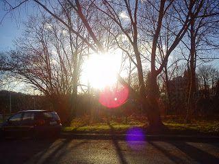 Das bisschen Haushalt --  Die Sonne scheint. Auch über Bergisch Gladbach an diesem Morgen. Aber nicht unbedingt in Bezug auf die Finanzen ...