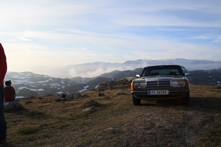 #Norway #Rogaland #MightyBenz#w123