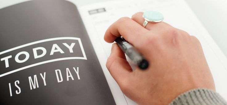 Today is my day!   Today is the day that I posted a blog post about how to create a killer brand! Perfect for new business owners or for businesses/brands/blogs that are wanting to refresh and give their brand a new lease on life!   Check it out here: http://middayinmay.com/killer-brand/