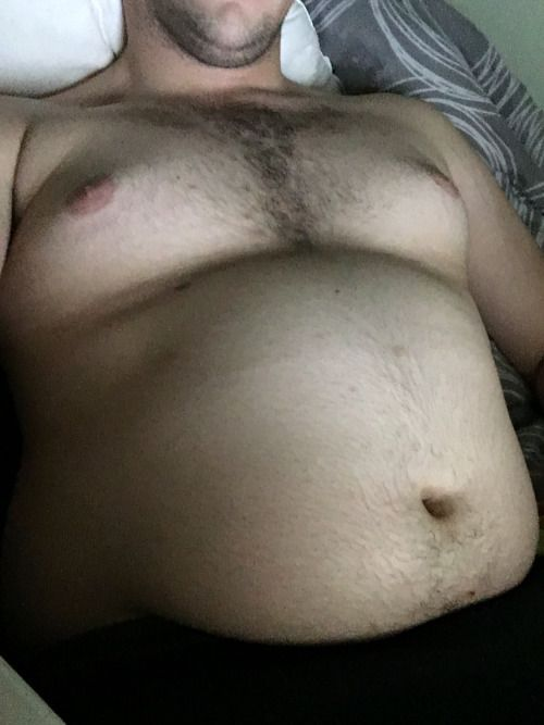 gainingwill:  Just a few pics of my belly last night   Make my day? Amazon wish list: https://amzn.com/w/1QDXSD8BJDOVF