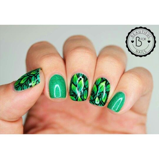 B. used stamping plate B.04 Leaves of happiness! <3  #BlovesPlates #stamping #stampingplate #nails #mani #nailart