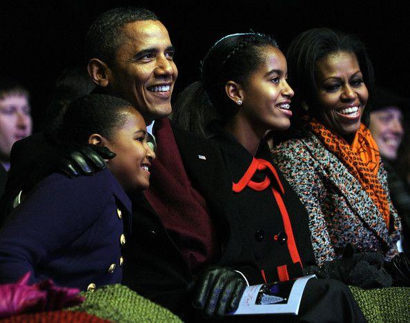 Barack Obama and Michelle Obama Photo - National Christmas Tree Lighting Ceremony Held On DC's Ellipse