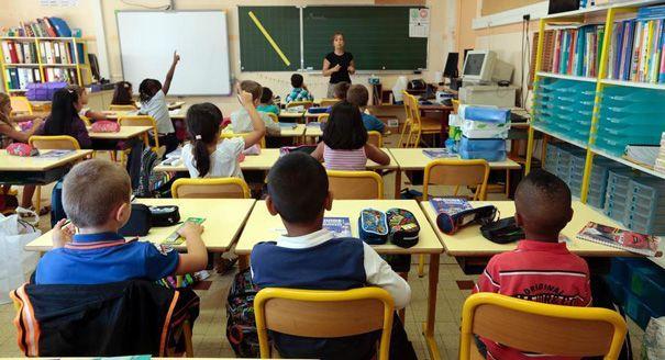 ... École no Pinterest | Ecole laique, Symbole république e Stéréotype