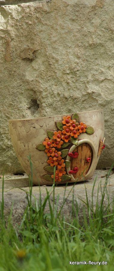 Pflanzhaus der Wichtel aus der Wichtelgartenwelt - Keramik für den Garten