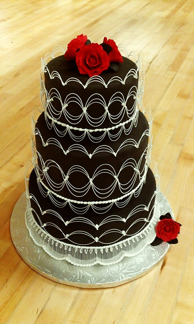 how much icing to cover a wedding cake 11 best images about royal icing lace designs on 15484