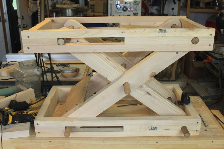 Pin By David B On Stair Project Woodworking Lift Table