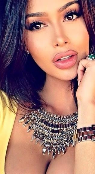 #MoonRayPicks Beautiful Hot Model | Beautiful Women ...
