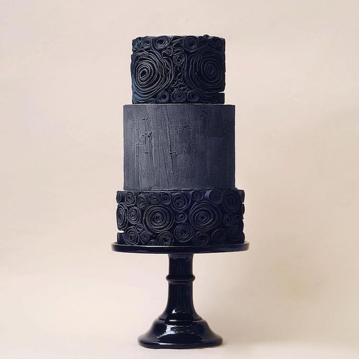 Dark Wedding Cakes That Add Some Gothic-Inspired Flair