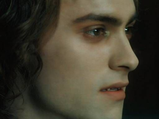 Stuart Townsend as Lestat