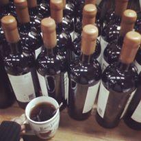 Bodegas RE- Casablanca... entre tanto vino, mejor su cafecito para el frío