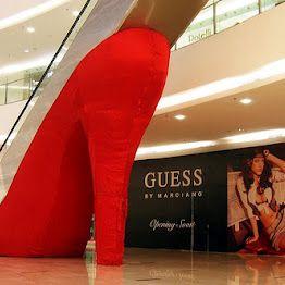 High heel escalator in shopping centre