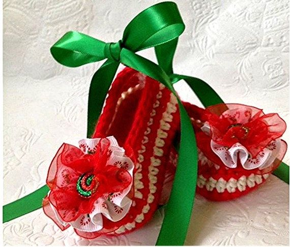 Christmas Booties, Candy Cane Booties    Super cute Christmas booties available for a limited time only. ONE PAIR IN STOCK IN Size 3-6