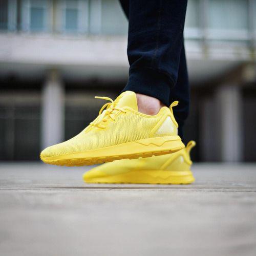 Fosforlu erkek spor ayakkabıları, gözleri üzerinde toplayacak. #maximumkart #sporayakkabı #ayakkabı #ayakabımodelleri #yenisezon #yenisezonayakkabı #tarzayakkabılar #şıkayakkabılar