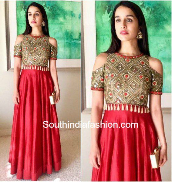 Shraddha Kapoor in Arpita Mehta at her best friends Mehendi photo