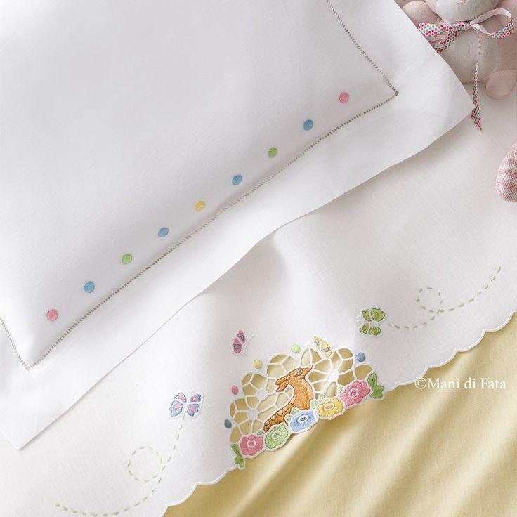 lino disegnato per lenzuolino culla a intaglio