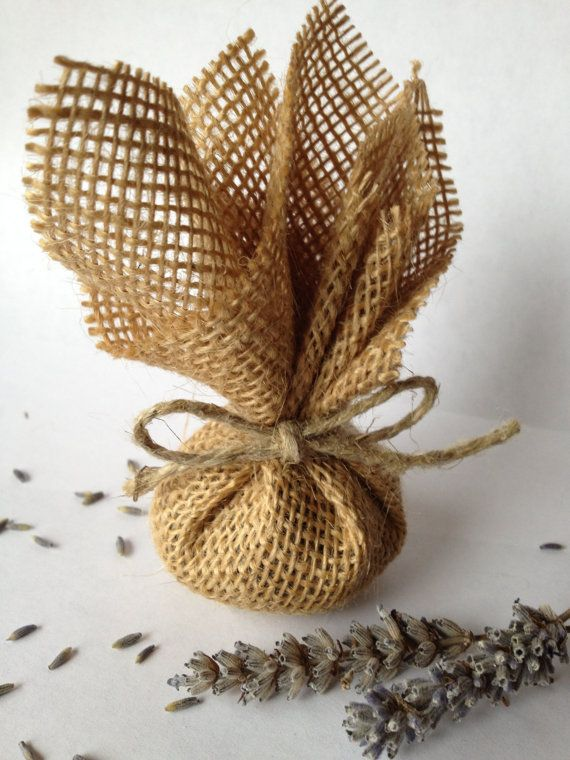 Lavender Sachets wrapped in Rustic Burlap - Wedding Favors - Wedding Decor - Eco…