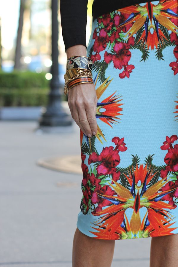 Bright tropical prints instantly lend an optimistic, happy vibe to any summer look! #tjmaxx #maxxinista