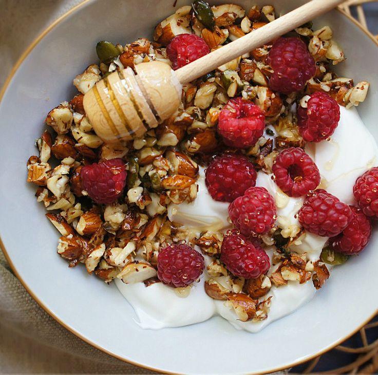Rooibos & Honey almond granola