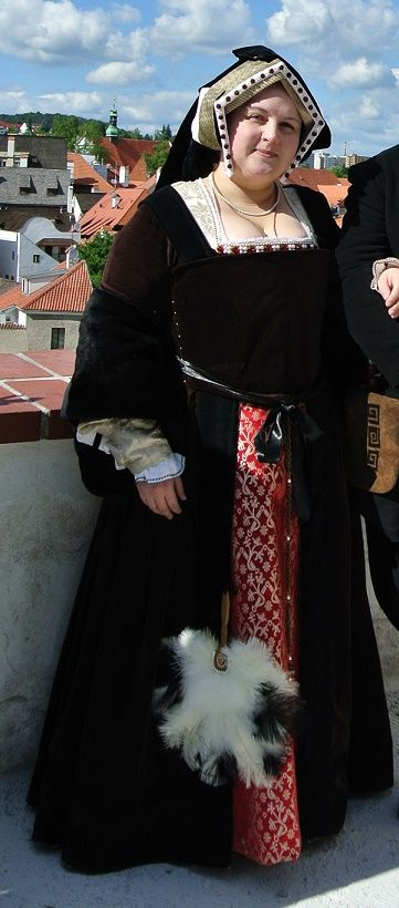 Moje nové renesanční anglické (tudorovské) šaty