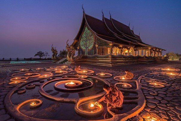 Буддийский Храм, Мьянма.
