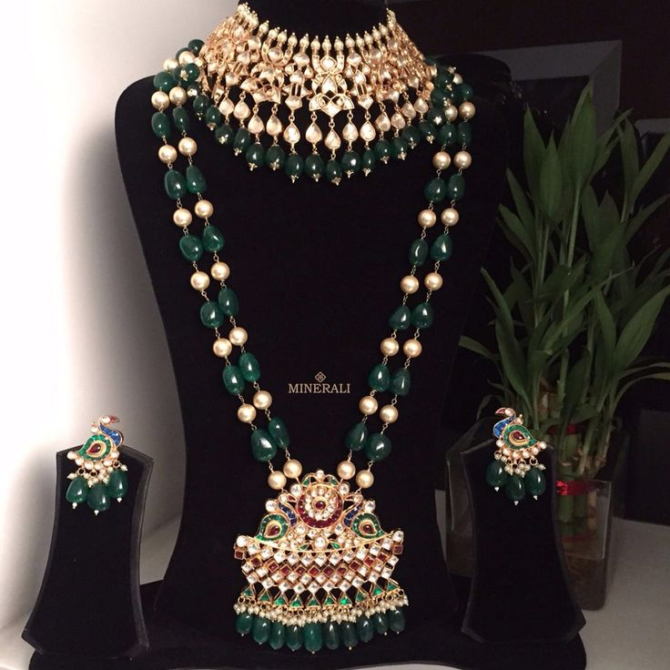 Feel like a princess in this royal green jewellery set by Ra Abta, which comes with a majestic choker, necklace and earrings. Available at Minerali. #minerali_store #raabta #jewellery #earrings #jewelleryset #necklace #choker #weddingjewellery #linkingroad #bandra #minerali