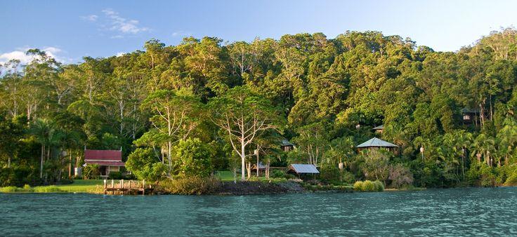 secrets on the lake - sunshine coast hinterland
