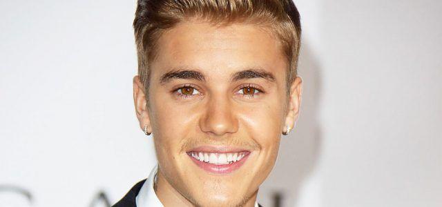 """¿Dirá 'sorry' o no dirá 'sorry'? Justin Bieber está envuelto en un escándalo de supuesto plagio de su canción """"Sorry"""": una cantante lo acaba de demandar.  """"Después del lanzamiento (de """"Sorry""""), mis abogados le enviaron una carta, per..."""