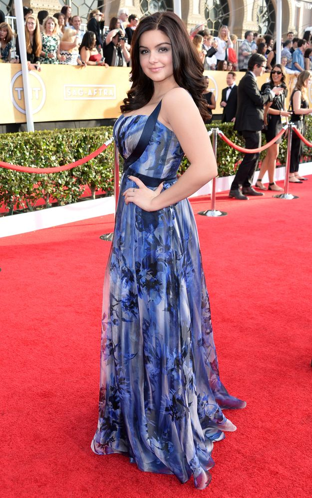 This looks so much better on a curvy cutie like her than it did on the runway.  Ariel Winter in Badgley Mischka | SAG Awards 2014