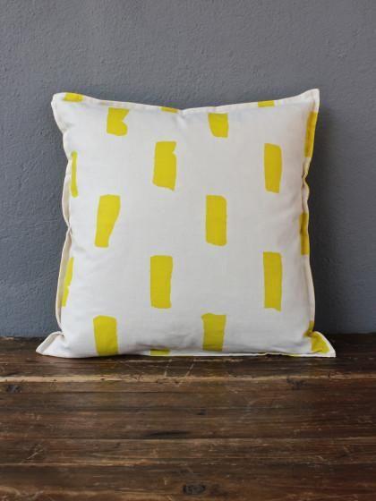redinfred bloc pillow