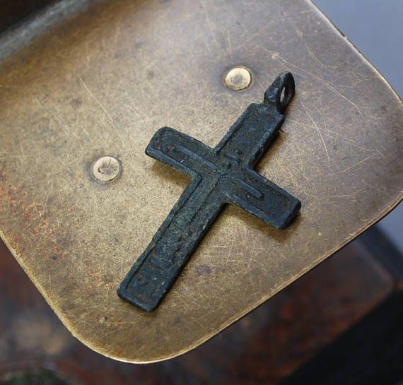 Antique ancienne Croix pendentif Christian Cross. Église orthodoxe