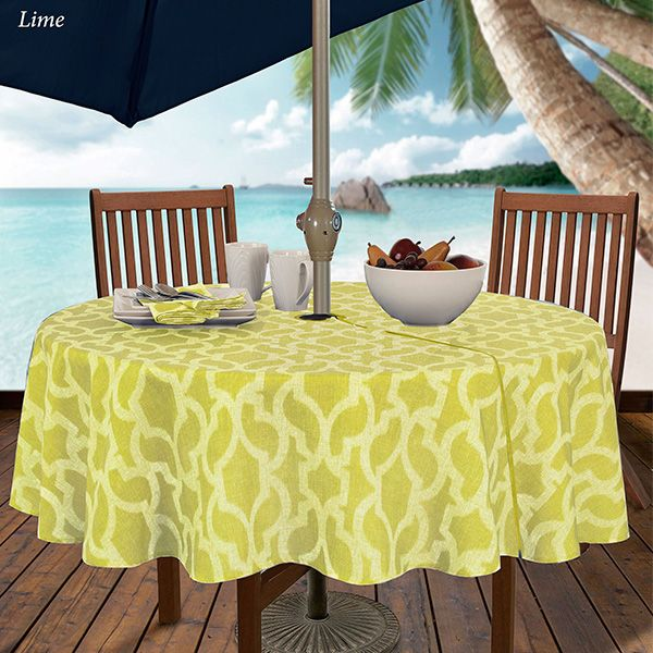 Augustine Geometric Round Outdoor Tablecloth With Umbrella Hole