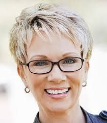 Resultado de imagem para short hairstyles for women