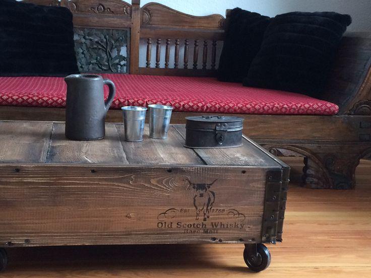 Couchtische - industrial Couchtisch Truhe Vintage - ein Designerstück von Kistenjack bei DaWanda