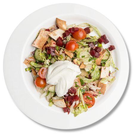 Salata Fattoush cu Labneh_plate