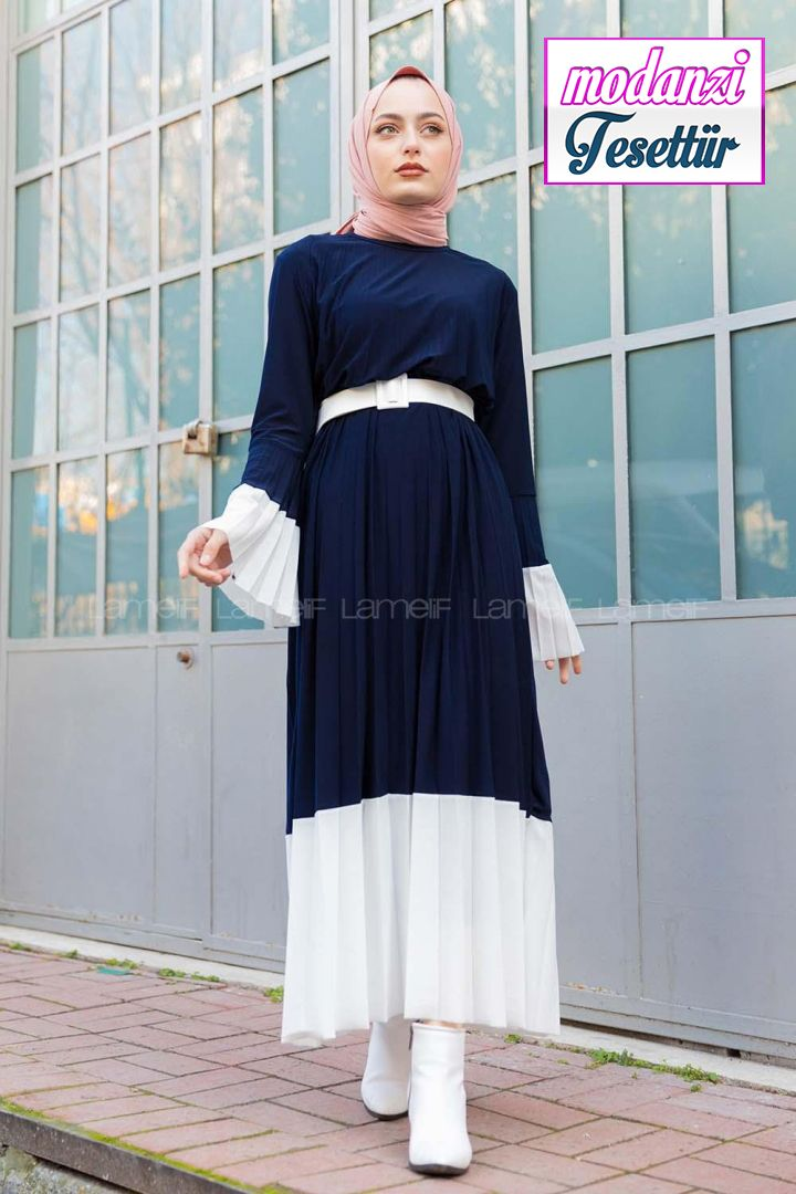 Lamelif Lacivert Cingene Model Beyaz Gecisli Kemerli Elbise 2020 Elbise Modelleri Elbise Moda Stilleri