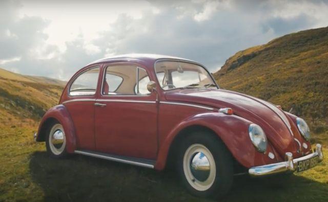 Águas de Pontal: Britânico transforma antigo fusca em carro 100% el...