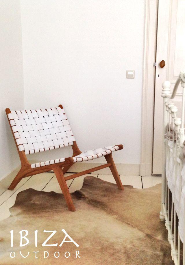 Ze zijn weer binnen! de vintage lounge stoelen, en meteen een leuke foto ontvangen van een klant uit Breda, staat erg leuk in deze slaapkamer. Bij interesse graag even mailen naar ibizaoutdoor@gmail.com
